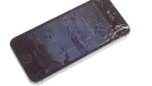 счупено стъкло iphone 5s